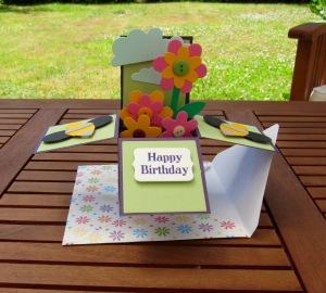 Die Cut Flowers - Card-in-a-Box